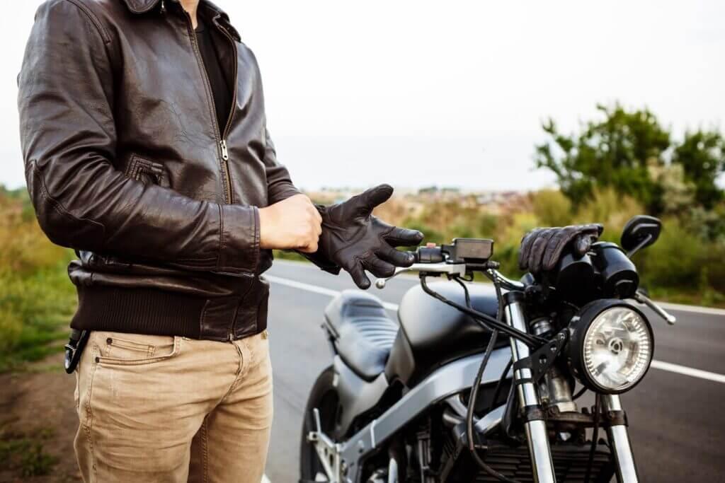 Găng tay của shop bảo hộ hỗ trợ cho chuyến đi
